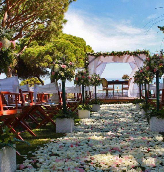 Creative Ideas Making Your Garden Wedding Memorable