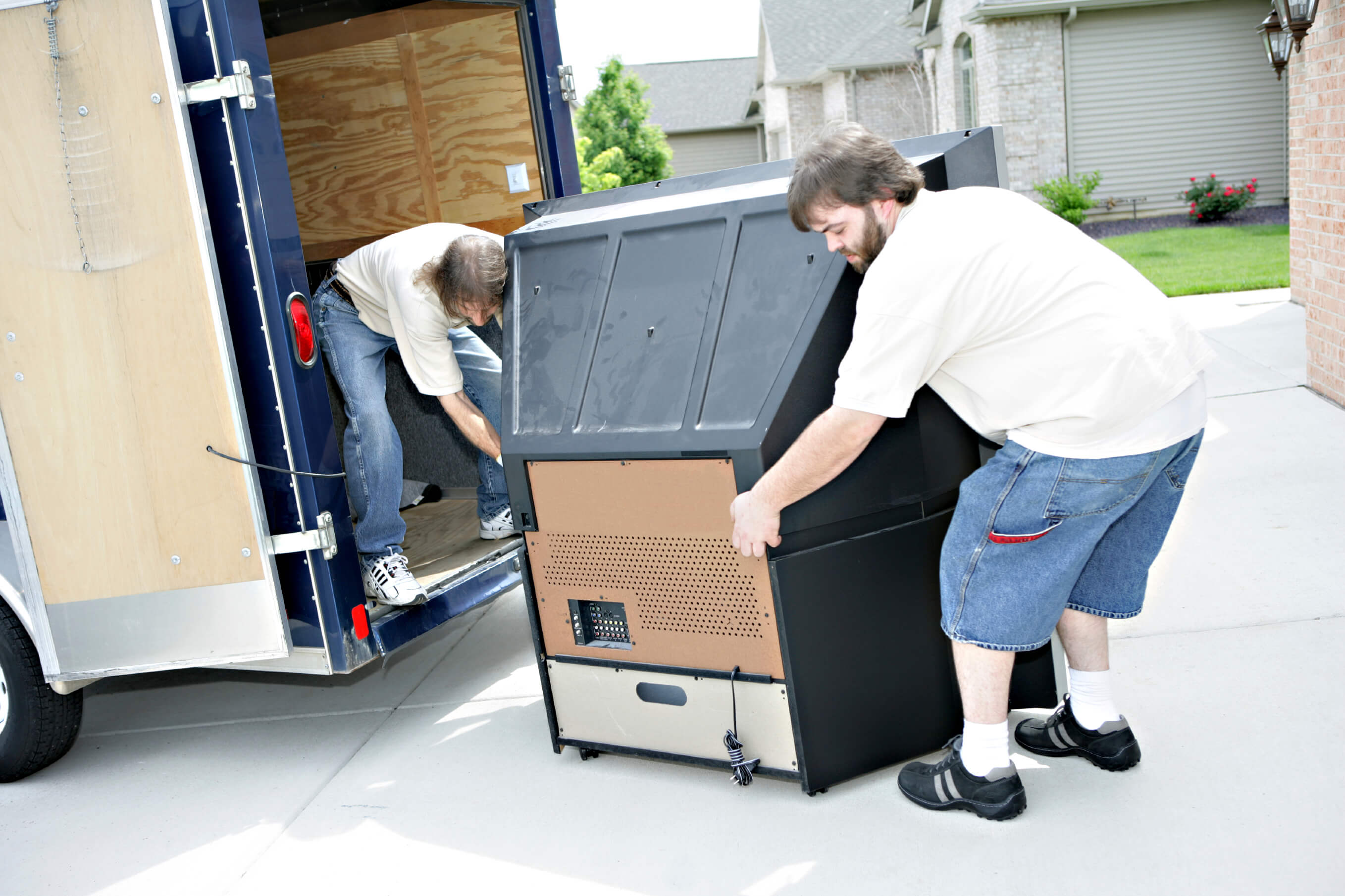 Top Benefits You Get By Hiring Man And Van Services