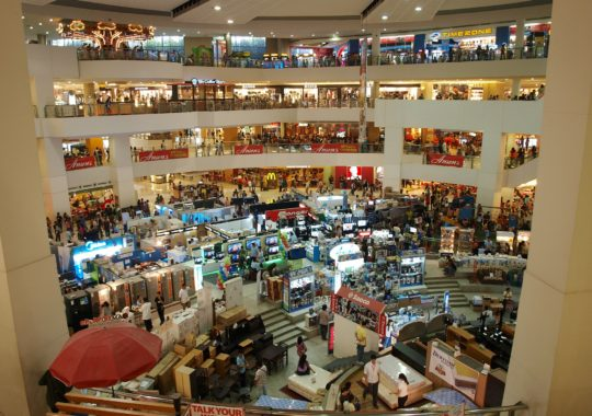 How To Know And Decide Which Design Is Perfect For Your Store?