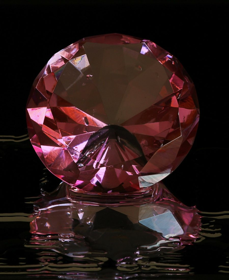 Major Driving Factors Attracting Investors Towards Pink Diamonds